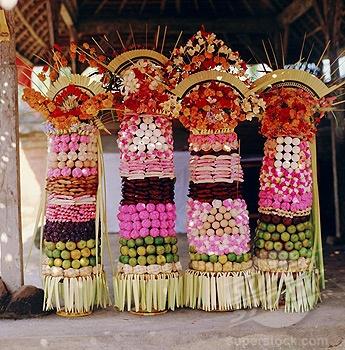 Offerings, temple festival near Mengwi, Bali,