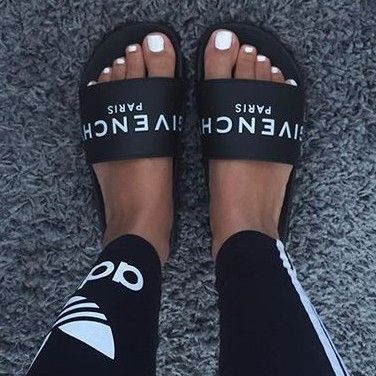 half off 4c36e 40a09 Givenchy slide sandals  KortenStEiN   Ur feet look good☻   Shoes, Adidas  shoes, Givenchy slides