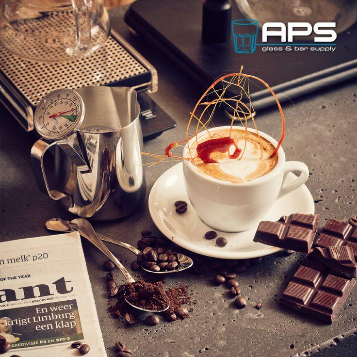 Naast het brede assortiment aan glaswerk en bargereedschap, biedt APS Glass & Bar Supply ook een groot assortiment aan porselein, barista items, bestek en keukenmaterialen aan. Neem contact op voor een afspraak en we lichten de mogelijkheden graag in een gesprek toe.   #bar #inspiratie #mixology #glaswerk #glassware #aps #koffie #kopje #coffee
