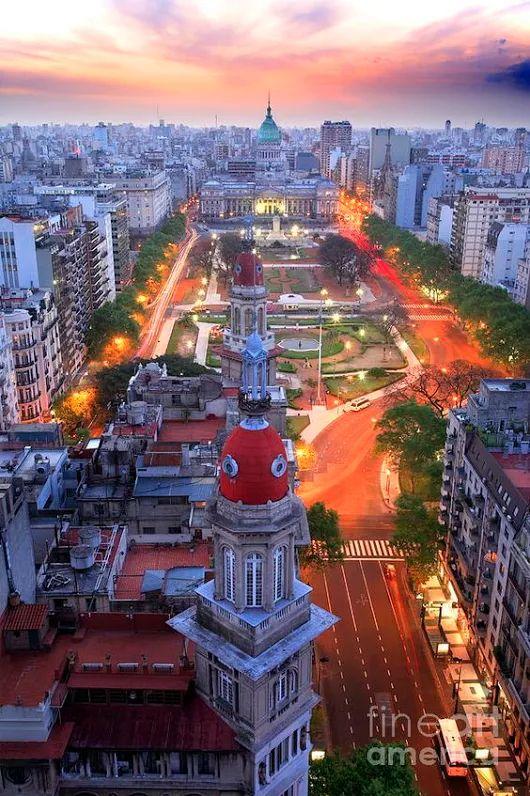 Plaza del Congreso Buenos Aires, Argentina