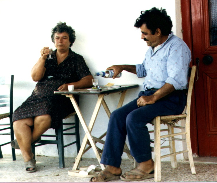 Fortini & Manolis enjoy a well earned rest...