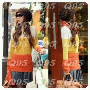 Tempat belanja online baju rajutan model korea yang menarik dan tidak tipis serta akan sangat nyaman dan lembut saat dikenakan.
