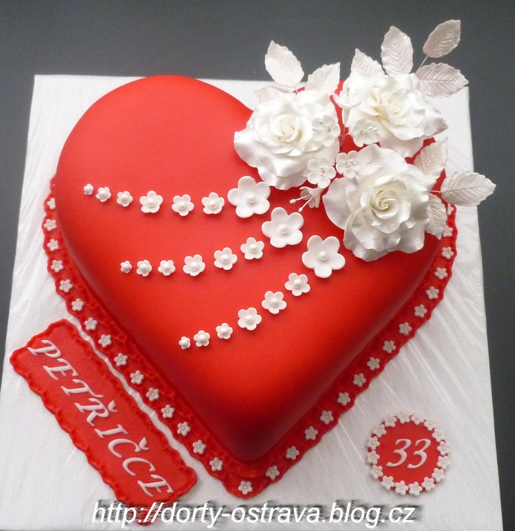 Cake Designs Hearts : 155 best images about PASTELES DE CORAZONES on Pinterest ...