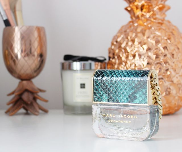 If there was an award for best perfume bottle EVER, it would probably go to Marc Jacobs Divine Decadence. The handbag design is so quirky and yet manages to look grown up and luxurious at the same tim