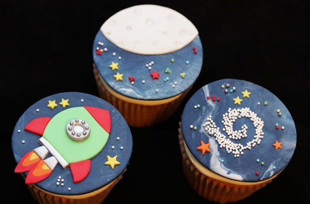 These cute little space cupcakes are the perfect for thing a child's birthday party. You could even get you to help make them by colouring and rolling the icing. With our step-by-step guide they really are easier than they look.