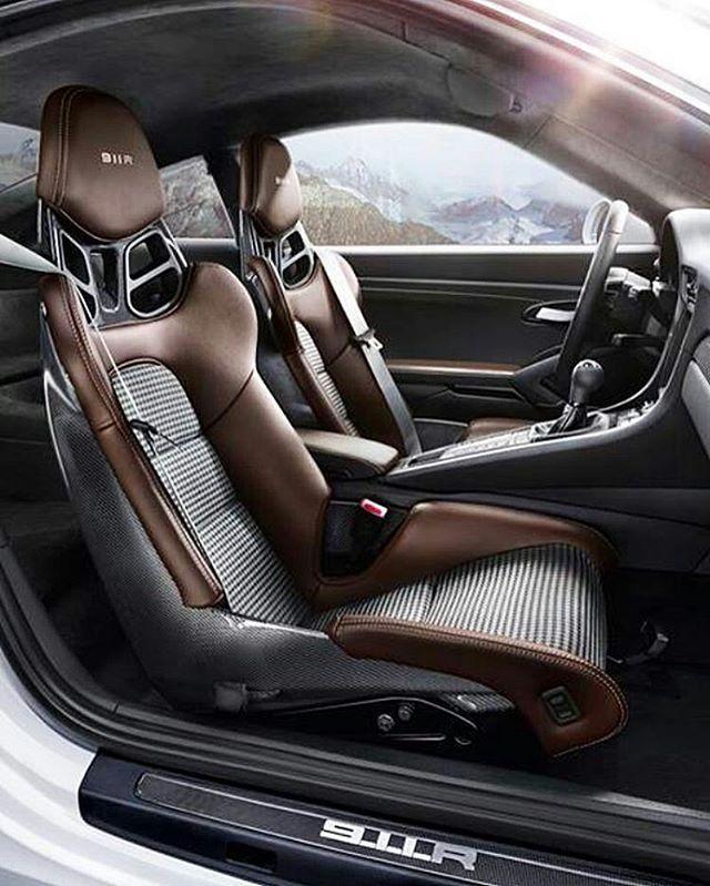 Porsche 911R _ ©@carinterior