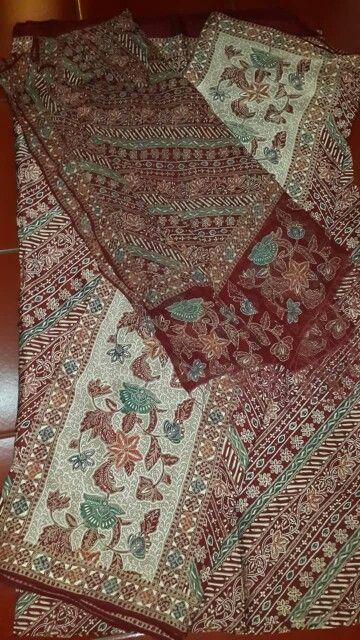Batik Tulis Red #batik #batiktulis #batikseratnanas #batikindonesia #batiknusantara #batikkraton #batiksolo #batikasli #batikmurah #batikcombinasi #batikcap #batiklawasan #batikklasik