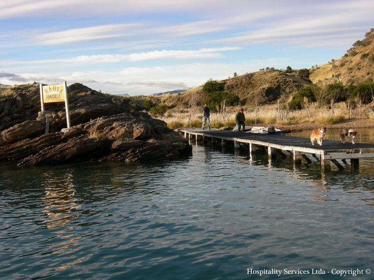 Photo: Hospitality Services Ltda - Copyright © Ready to disembark on Amanda´s Bay, Isla Macías, General Carrera Lake, Aysén, Chilean Patagonia.