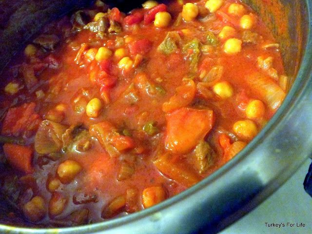 Turkish Recipes: Kuzu Etli Nohut Yemeği (Lamb Stew With Chickpeas) | Turkey's For Life...