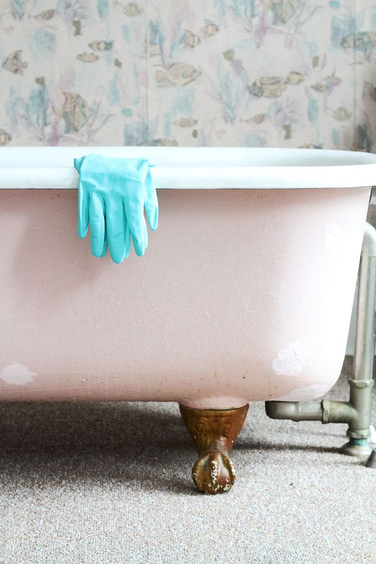 How To Repair Chips on Porcelain Tubs and Sinks — Apartment Therapy Tutorials