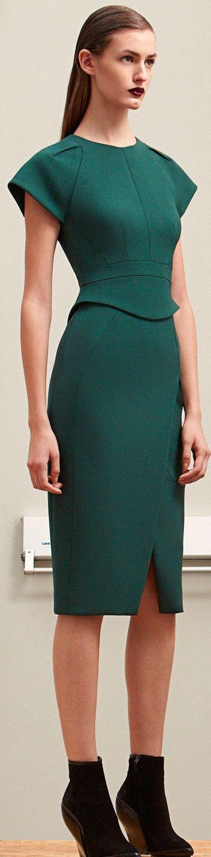 Refinado vestido de linea vanguardista