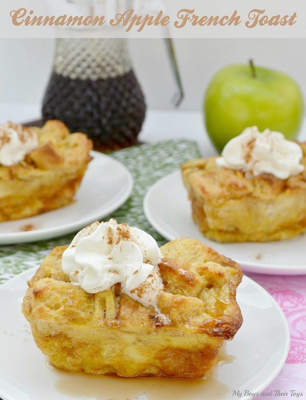 Perfect for fall - make this easy Cinnamon Apple French Toast recipe!