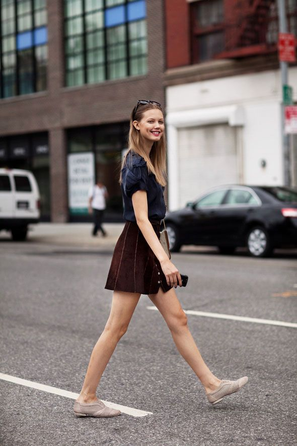 lindsey wixon looking effortless and adorable. the perforated oxfords won't protect from the pdx rain, but i think i need them anyway.