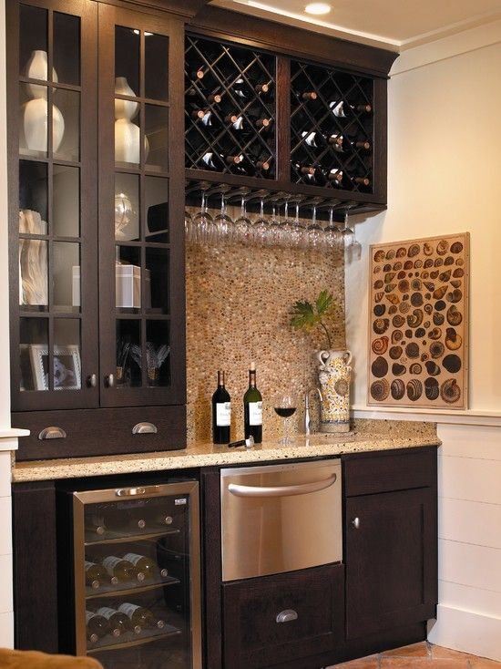 Wet bar (Traditional Basement Design, Pictures, Remodel, Decor and Ideas)