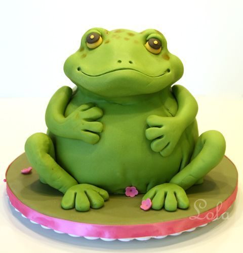 Frog cake....so many cakes on this board you can hardly believe it...just follow the links to Shawn's board to see them all.