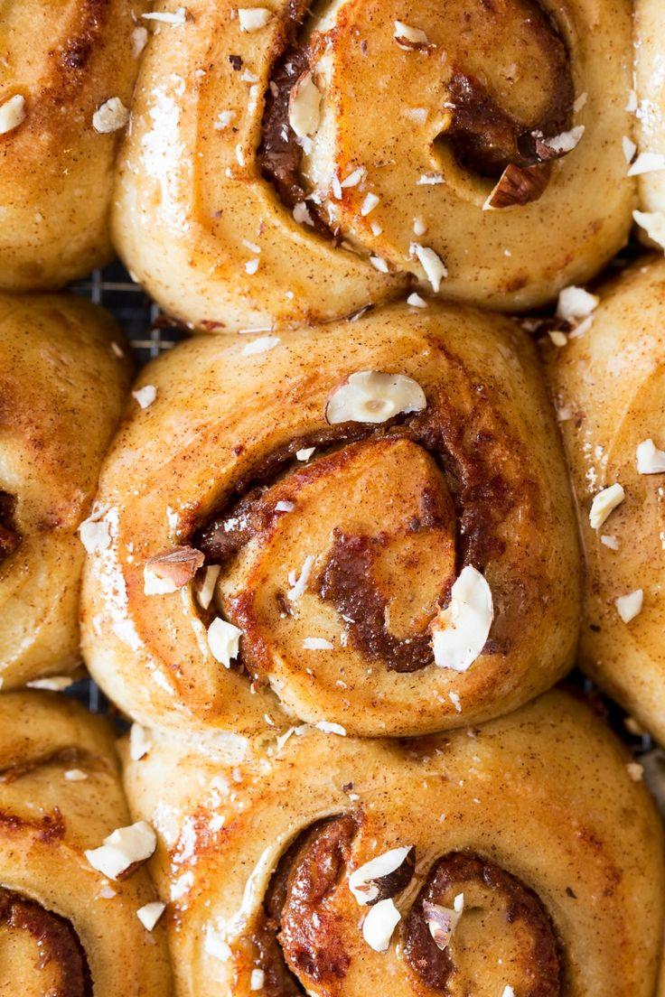 Sugar-free cinnamon rolls - Lazy Cat Kitchen
