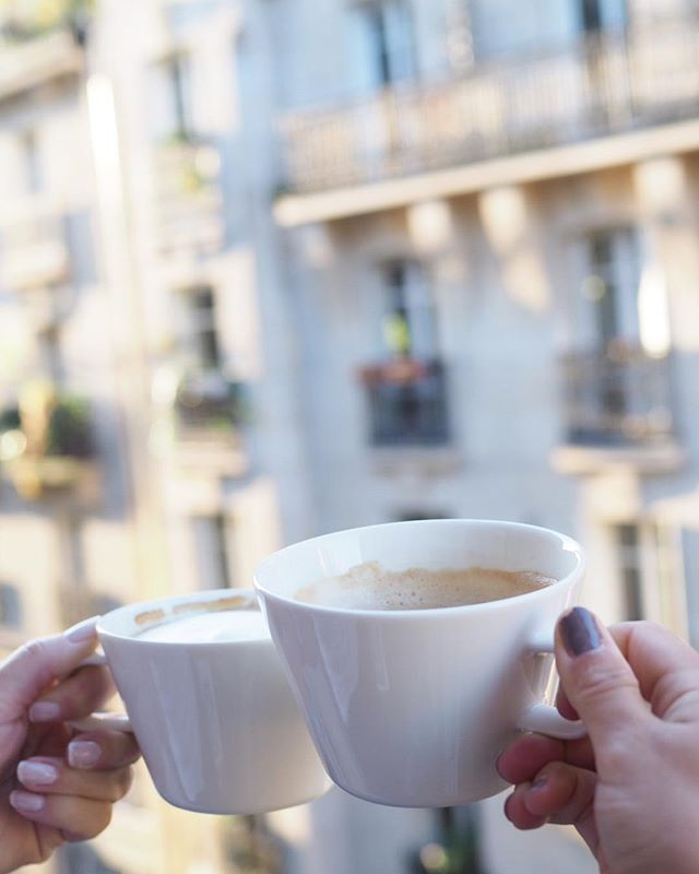 Our last moments on this balcony with @charandthecity  To the new adventures and new balconies! #charochsofieiparis #parismoments #parismornings #avecsofieinparis #nespressofinland #nespressomoments #arabiafinland #koko