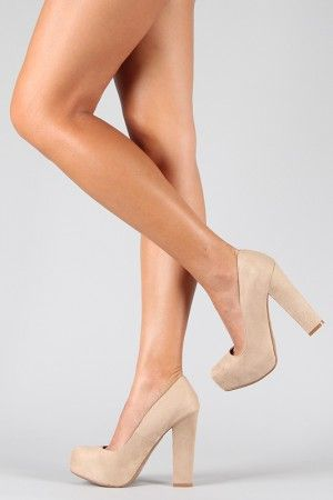 perfect nude shoe! I love the chunky heel
