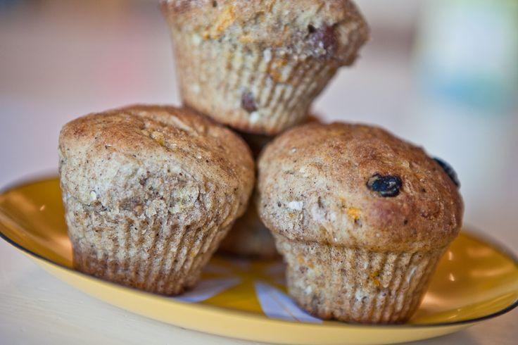 Denne opskrift giver 10 lækre grove muffins, som passer rigtig godt til børnenes madpakke, til morgenmaden eller som et sundt mellemmåltid. Ingredienser 250 g hvedemel 150 g grahamsmel 50 g rugmel …