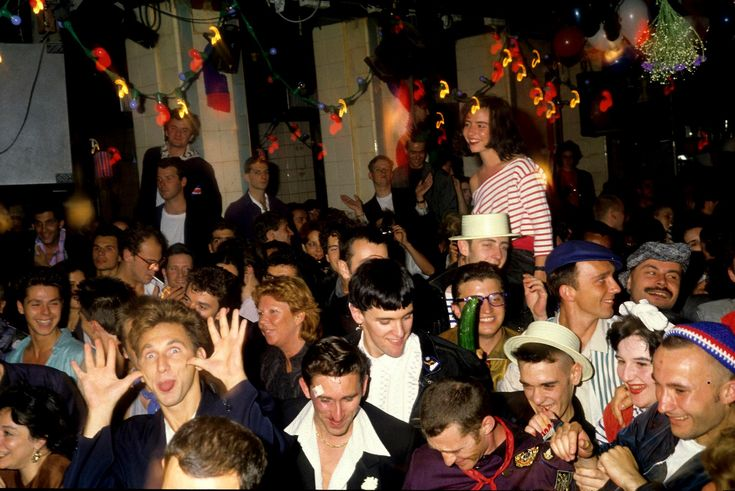 18 best images about les bains douches paris ann es 80 on pinterest vanessa paradis 90 and - Les bains douche paris discotheque ...