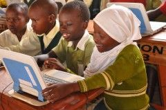 Mobile #Solar #Computer #Classroom brings all the equipment needed to provide lessons on #ComputerSkills to #schools and #libraries, offering a #DigitalLiteracy curriculum delivered over the course of two years.