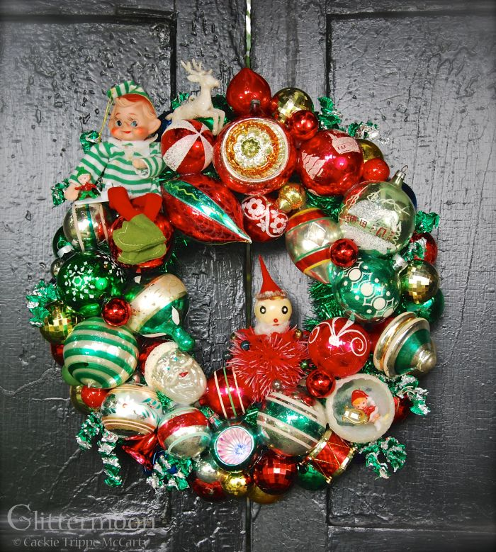 Vintage Christmas Ornament Wreath 979 best Laughter