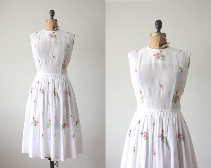 1950s dress - vintage 1950's pink rose party dress. $114.00, via Etsy.: Pink Roses, Vintage 1950S, Rose Parties, Parties Dresses, Dresses Vintage, 1950S Dresses, Vintage 1950 S, 1950S Pink, 1950 S Pink