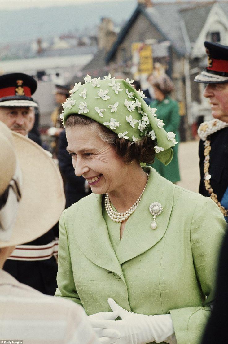 2125 Best Elizabeth Princess To Queen Images On