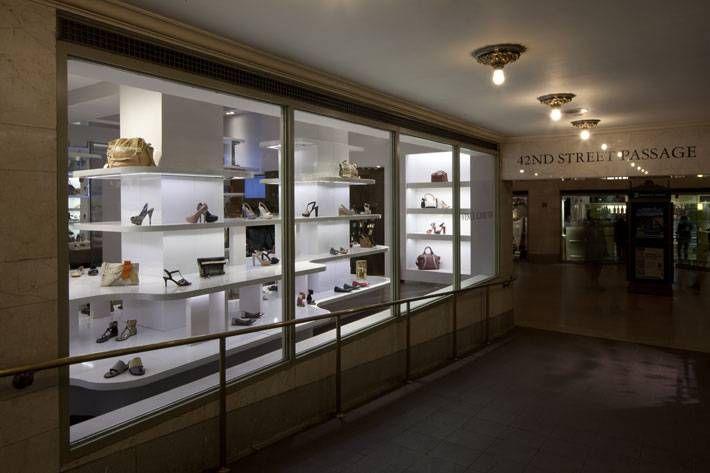 Vince Camuto shoe store design