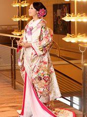 専門店に教わる2014年秋冬の傾向 人気の花嫁和装 TOP3 | 日本の結婚式ドットコム