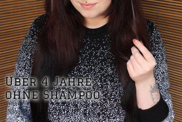 no poo 4 jahre ohne shampoo | Lavaerde, Wascherden | Meine Lieblingsmethode. Lavaerde reinigt mechanisch und funktioniert auch bei sehr fettigen Haaren. Nur eine Olivenölkur bekomme ich wahrlich nicht damit heraus. | Haarkräuter (meine Favoriten: Schachtelhalm, Salbei und Brennnessel) | Wenn ich nicht gerade mit Natron oder Seife wasche, nutze ich beinahe immer einen Haartee. Garantiert meine liebste Art meine Haare zu spülen. Duften außerdem gut.