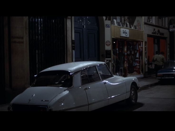 One of many beautiful looking Citroen's spotted in the 1970 crime classic, Le Cercle Rouge