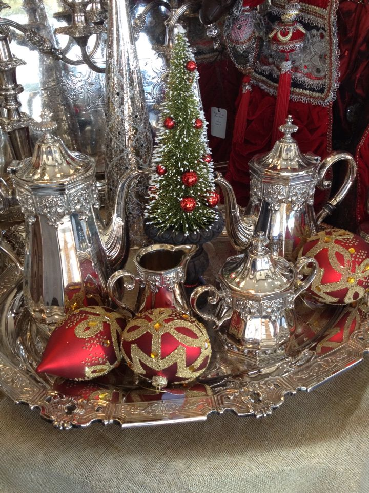 Beautiful antique tea service at Christmas time