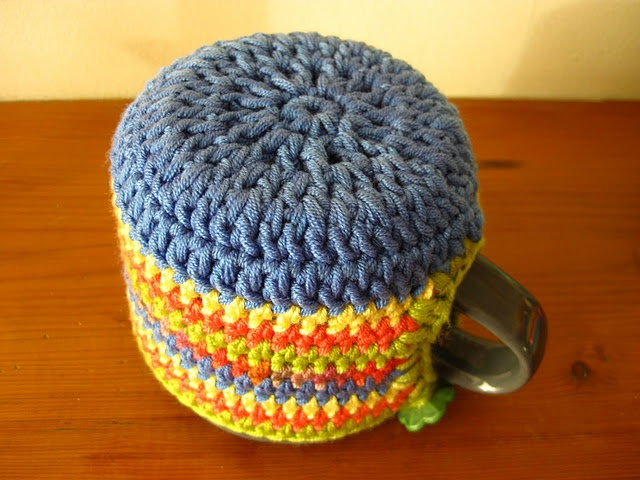 crochet mug cozy. This is awesome its hard to find one with a base on it!