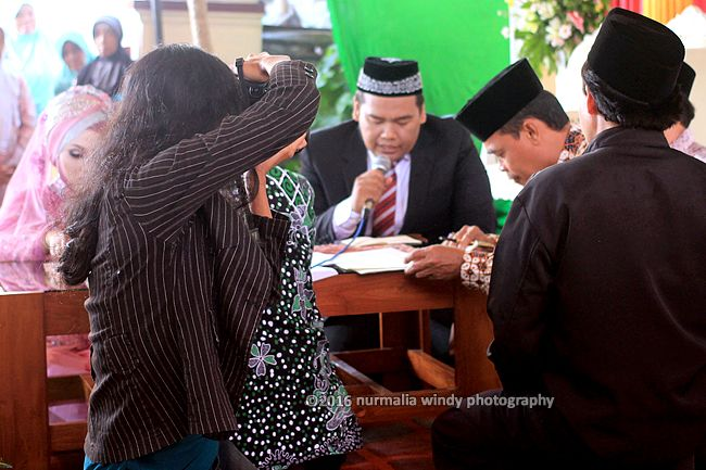 Nurmalia Windy - Fotografer Purwokerto | Windygraphy | Fotografer Wedding | Fotografer Prewedding: Saat Saya mengabadikan Wedding mas Wawan dan mba' ...