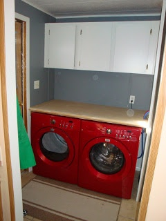 best 25 laundry room counter ideas on pinterest laundry room countertop laundry room and. Black Bedroom Furniture Sets. Home Design Ideas