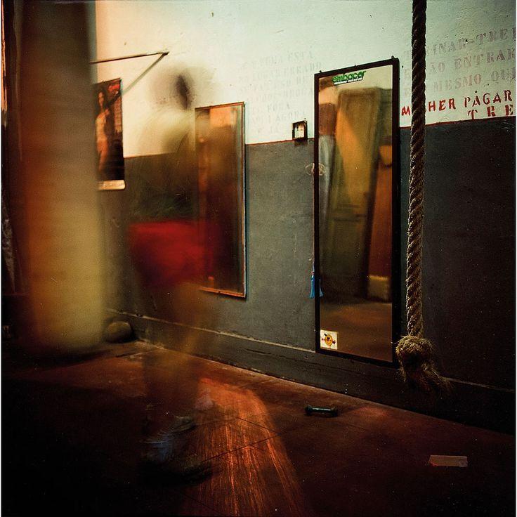 Miguel Rio Branco. Smoking Mirrors, 1992.