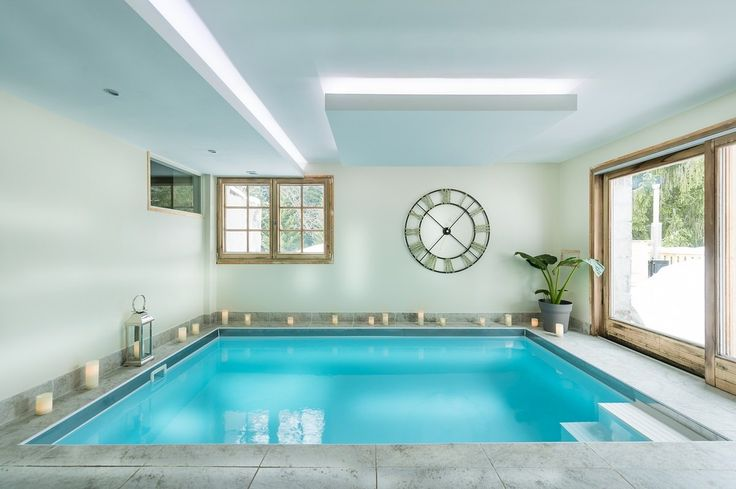 Quaint, small indoor pool.