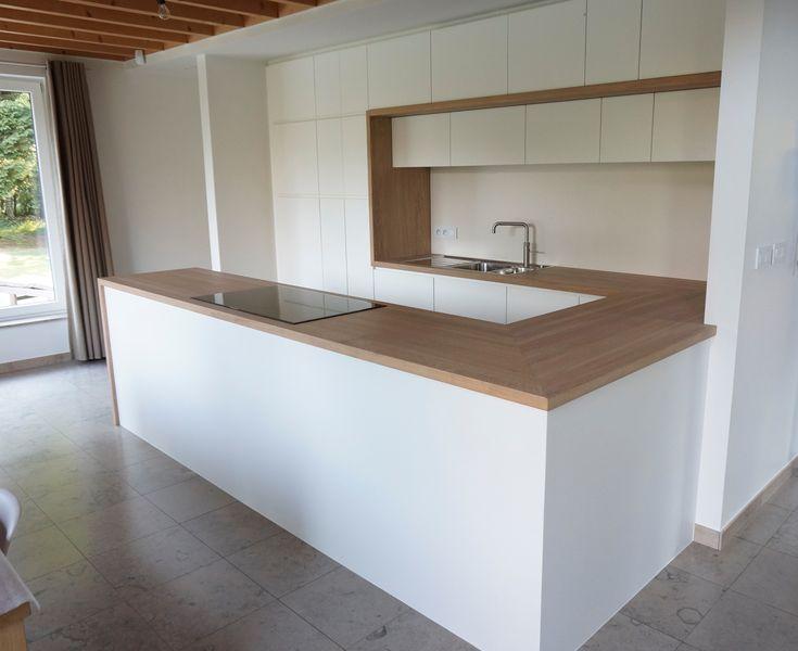 Keuken met massief eiken werkblad en omlijsting (Belgie) | HvS-Design | Maatwerk meubelen speciaal voor u!