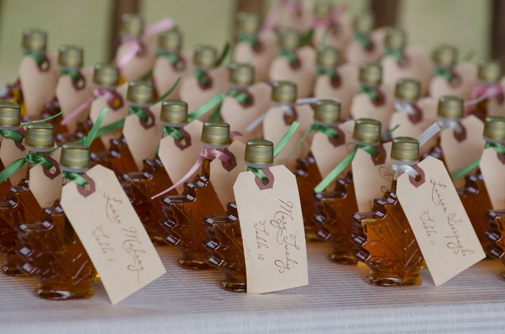 maple syrup vermont themed wedding place cards www. Black Bedroom Furniture Sets. Home Design Ideas