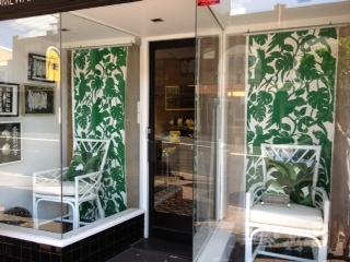 Florence Broadhurst Wallpaper Cockatoos Green