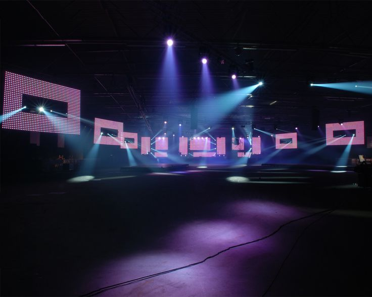 I love techno act lighting design