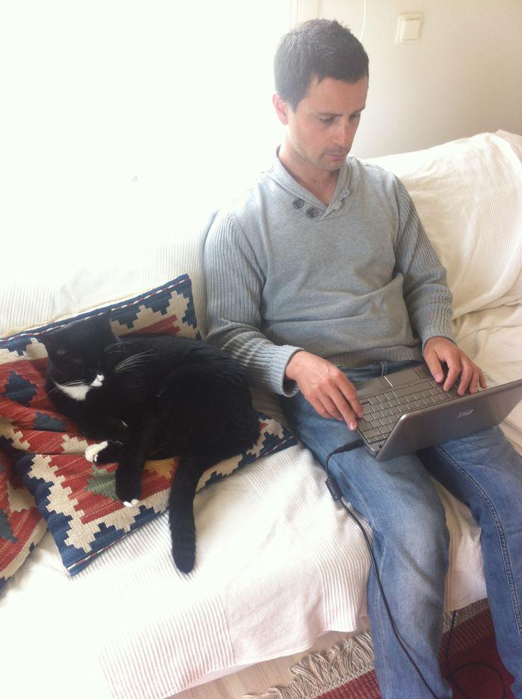 JON AND BRORSAN WORKING HARD ON INREDNINGSVIS :)