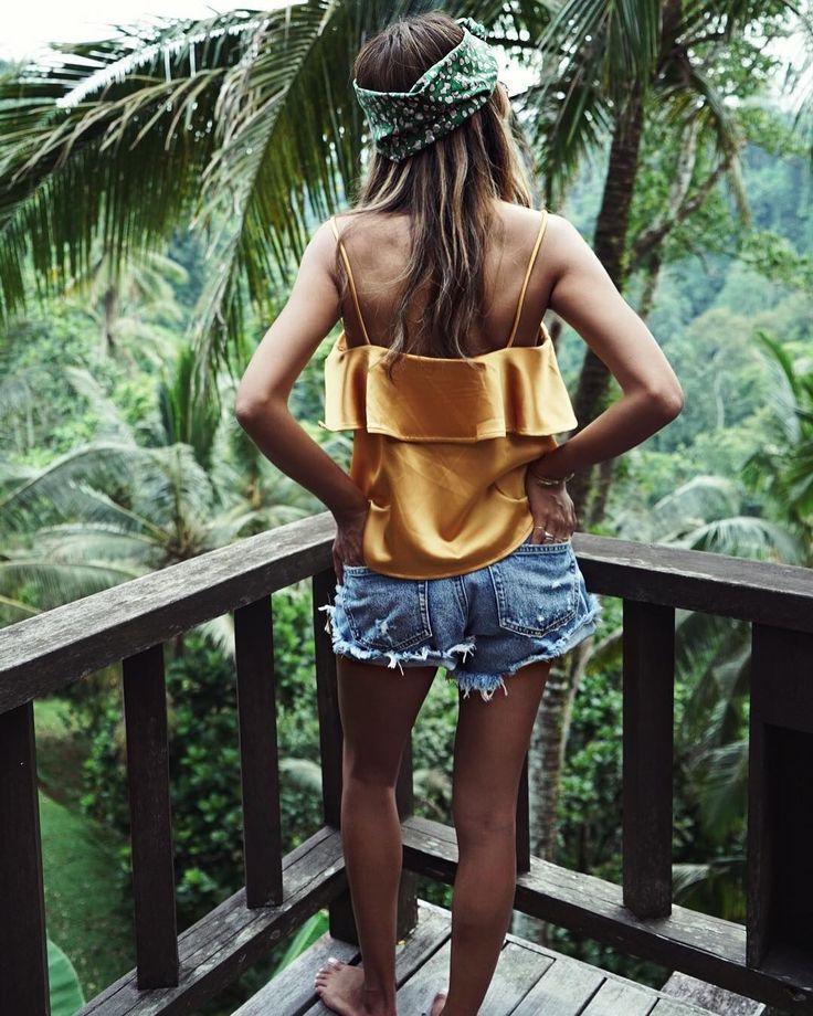 5,041 vind-ik-leuks, 11 reacties - Shop Sincerely Jules (@shop_sincerelyjules) op Instagram: 'Bali diaries. | Bella Top: shopsincerelyjules.com'