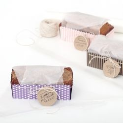 make your baked gifts extra special with this simple packaging idea. Including a free printable template!