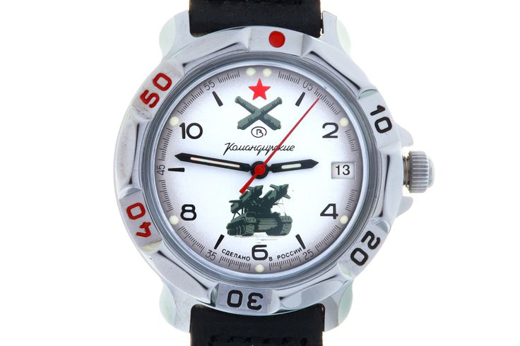 WATCH VOSTOK KOMANDIRSKIE 811275 AIR DEFENCE FORCES.At the top of the watch face, at the level of the twelve-hour point, there is a red five-pointed star. Below it is the emblem of anti-aircraft missile and ground air defense forces of the USSR – two diagonally crossed cannons. #russian #mechanical #military #watches #vostok #komandirskie #gifts #souvenirs #cannon #missile