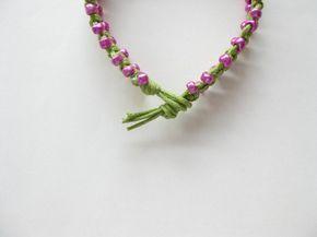 Regalo de Navidad rosa pulsera patrón macrame por Knotonlyknots