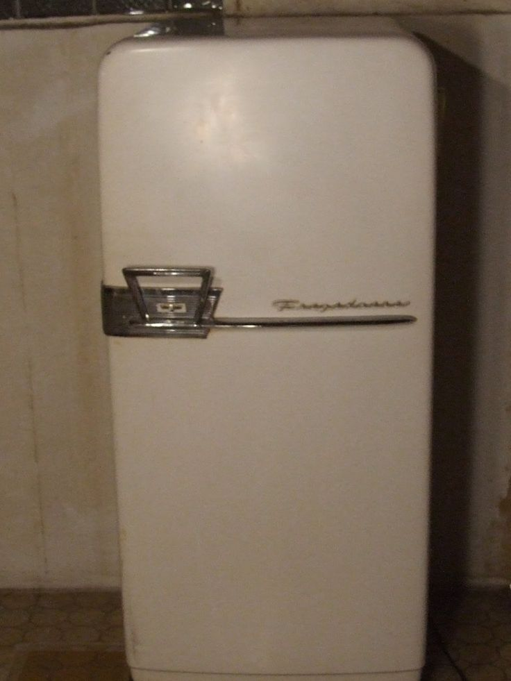 1950 S Frigidaire Refrigerator