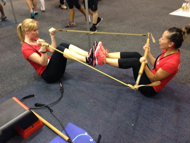 #gymstick can be used to work out with your buddy. @gymstickaust   #fitness #workout #fitfam #gymsticktips #weightloss #awesome