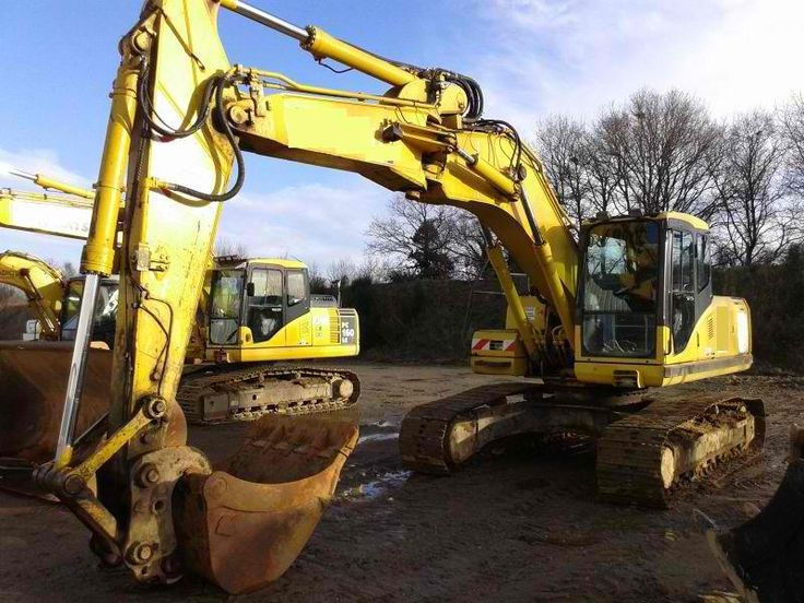 For sale Excavator Komatsu PC210LC-7 Second Hand. Manufacture year: 2003. Working hours: 14600. Air Conditioning. Excellent running condition. Ask us for price. Reference Number: AC3663. Baurent Romania.
